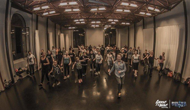 Stages initiation en danses urbaines