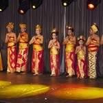 DANSE BALINAISE - Groupe de Danseuses Balinaises